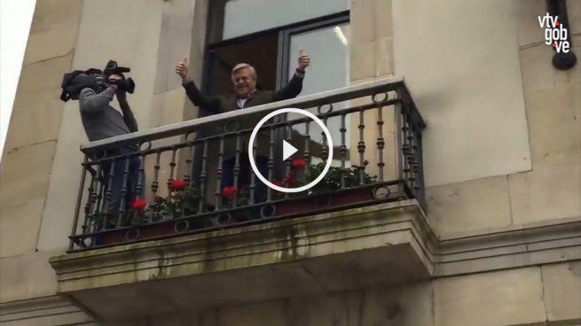 Los podemitas de Asturias al padre de Leopoldo López: «¡Asesino, ojalá se muera tu hijo!»