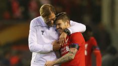 Klopp y Alberto Moreno. (Getty)