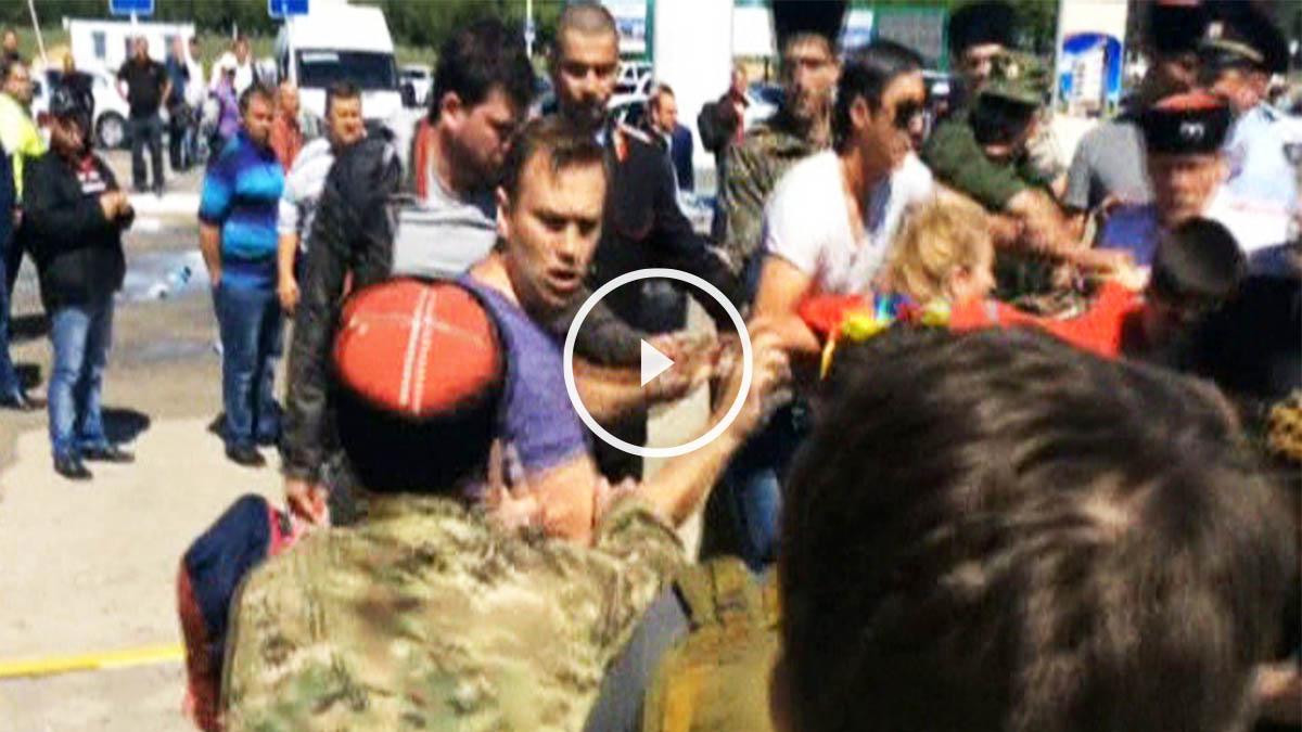 Imágenes de la agresión a los opositores rusos.