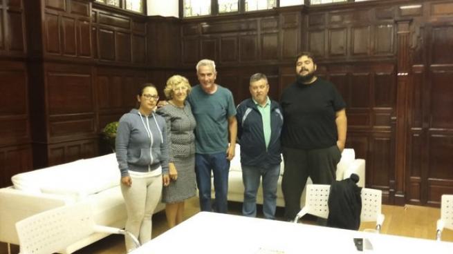 Carmena se reúne con los familiares del criminal violento Bódalo en el Ayuntamiento