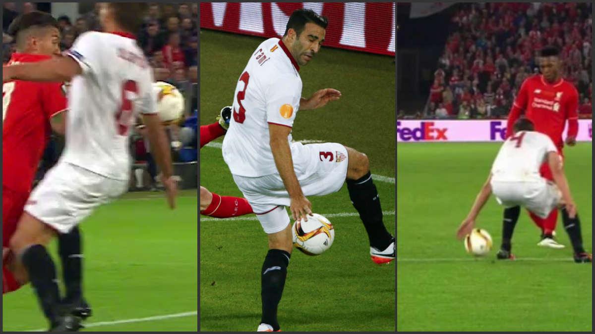 El Liverpool pidió tres penaltis en la primera parte.
