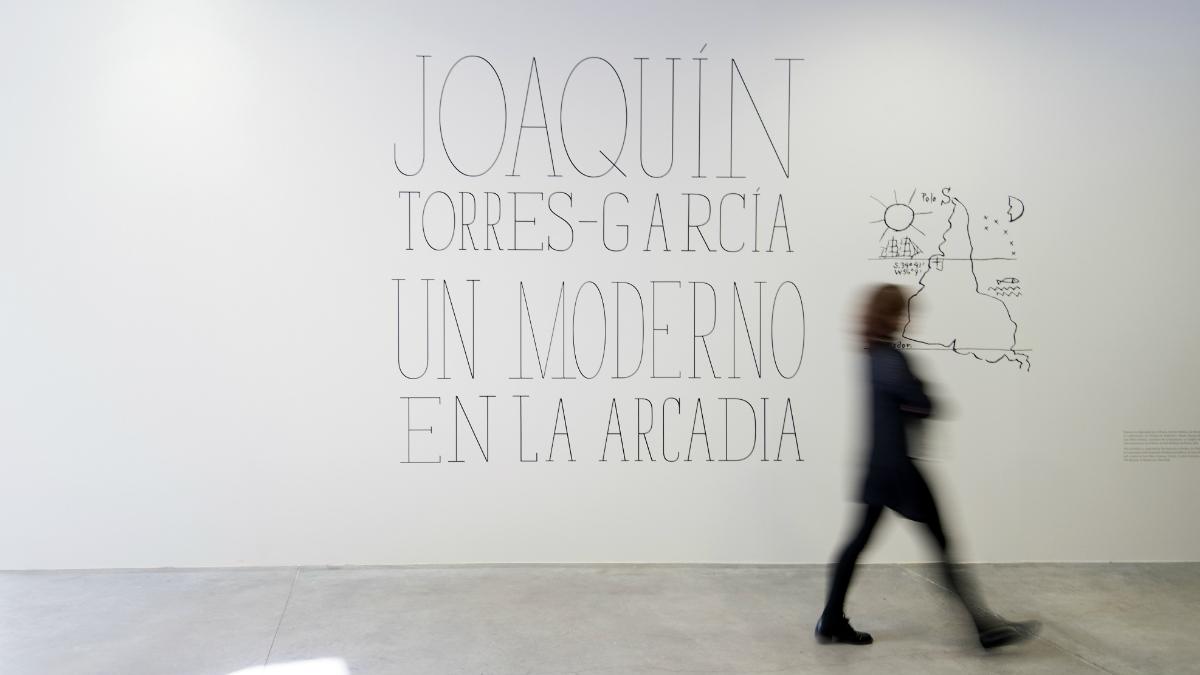 Así es la entrada a la exposición trasladada desde el MoMA direcatamentea la capital española. (Foto: Esp.Telefónica)