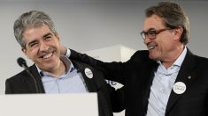 Francesc Homs y Artur Mas. (Foto: AFP)
