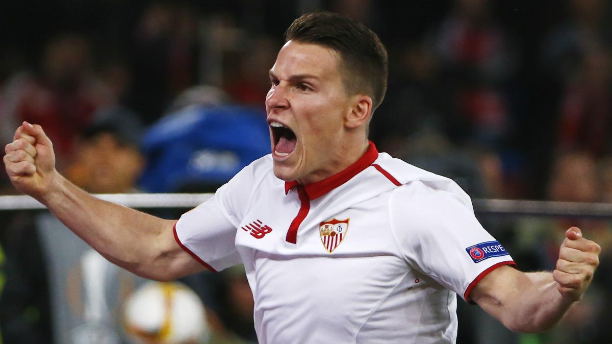 Gameiro celebra el 1-1 ante el Liverpool. (Reuters)