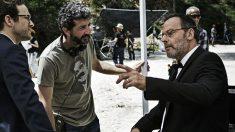 El actor Jean Reno habla con el director de la campaña publicitaria, dirigida por el premiado con un Goya por La Isla Mínima, Alberto Rodríguez Librero. (Foto: Estrella D.)