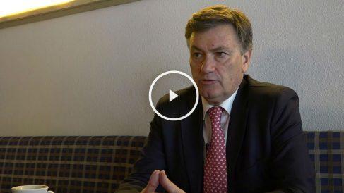 El presidente de la Diputación de Segovia, Francisco Vázquez en una entrevista para OKDIARIO. (Foto: Patricia García)