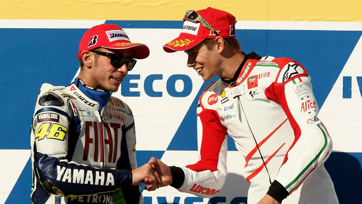 Rossi y Stoner en el podio en Australia 2009. (Getty)