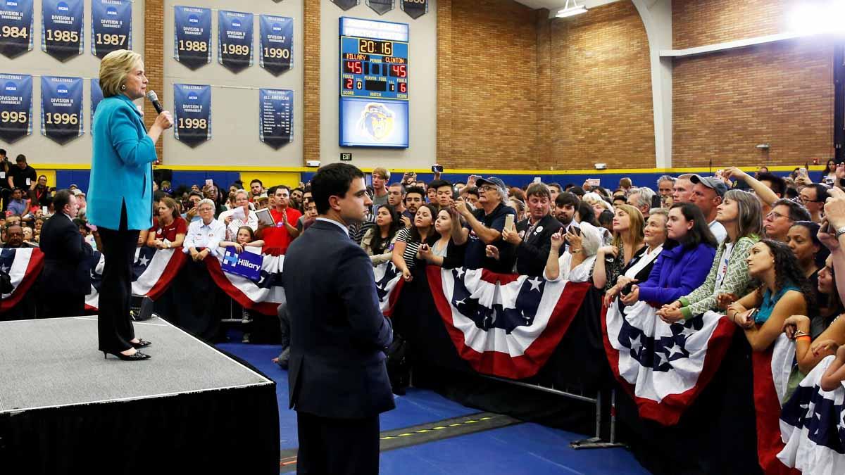 Hillary Clinton durante un acto de campaña en las primarias de EEUU (Foto: Reuters)