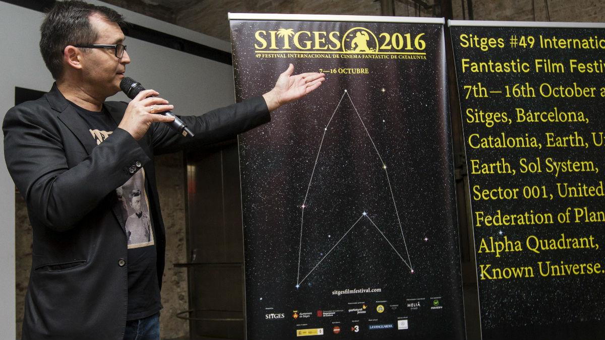 Ángel Sala, director del Festival de Cine Fantástico de Sitges, presenta el cartel de la 49 edición, dedicado al mundo Star Trek. (Foto: EFE)