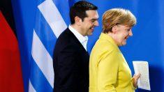 El primer ministro griego, Alexis Tsipras, junto a la canciller alemana Angela Merkel (Foto: GETTY).