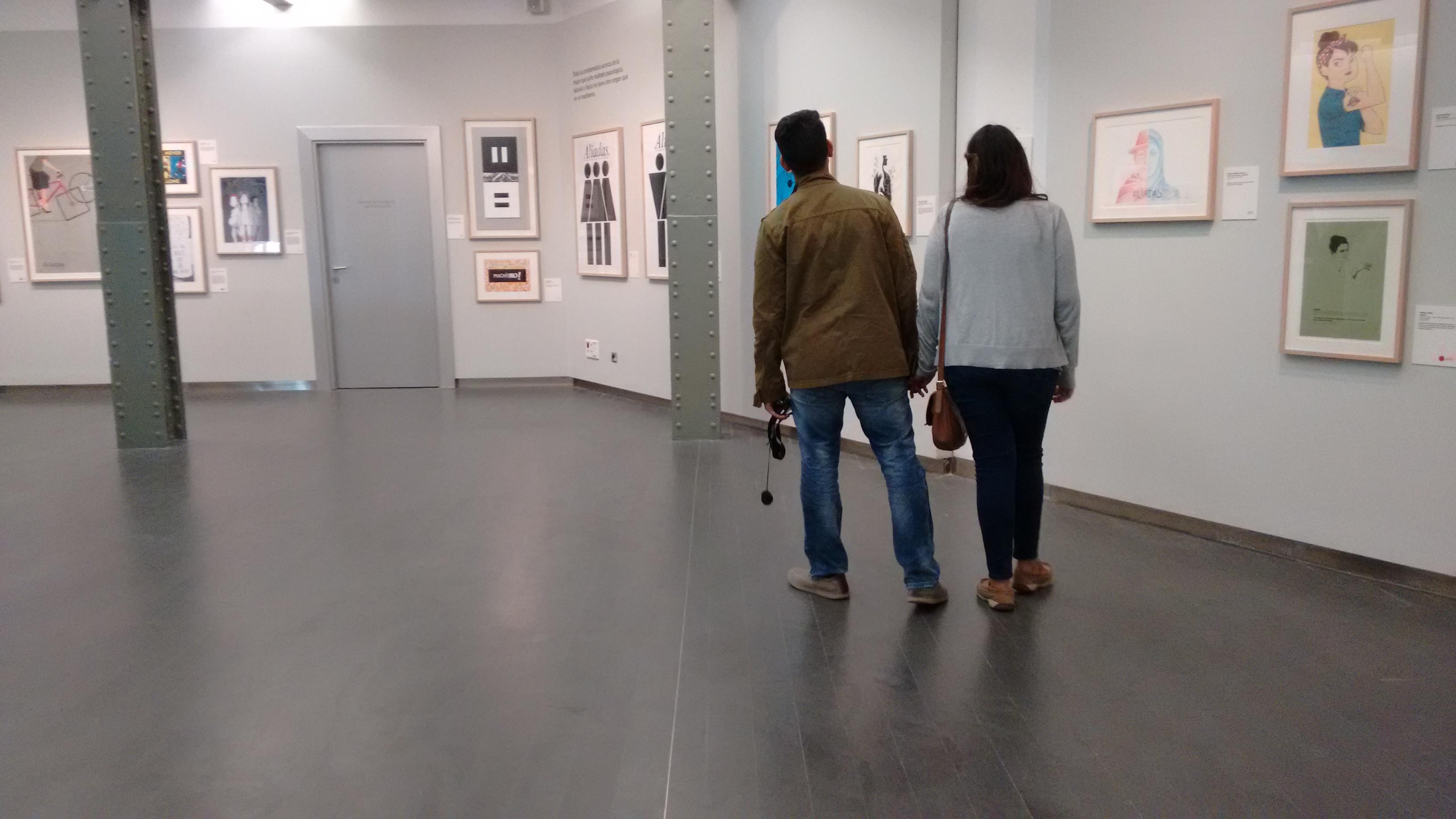 La incredulidad de los turistas que visitan la exposición es habitual. (Foto: OKDIARIO)