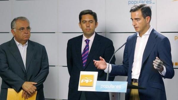 Juan Cotino, Vicente Rambla y Ricardo Costa (Foto: Efe)