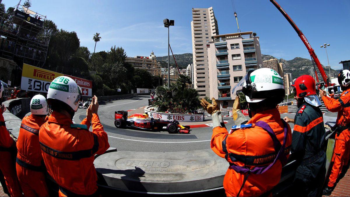 Ricciardo logró la pole en Mónaco (Getty)