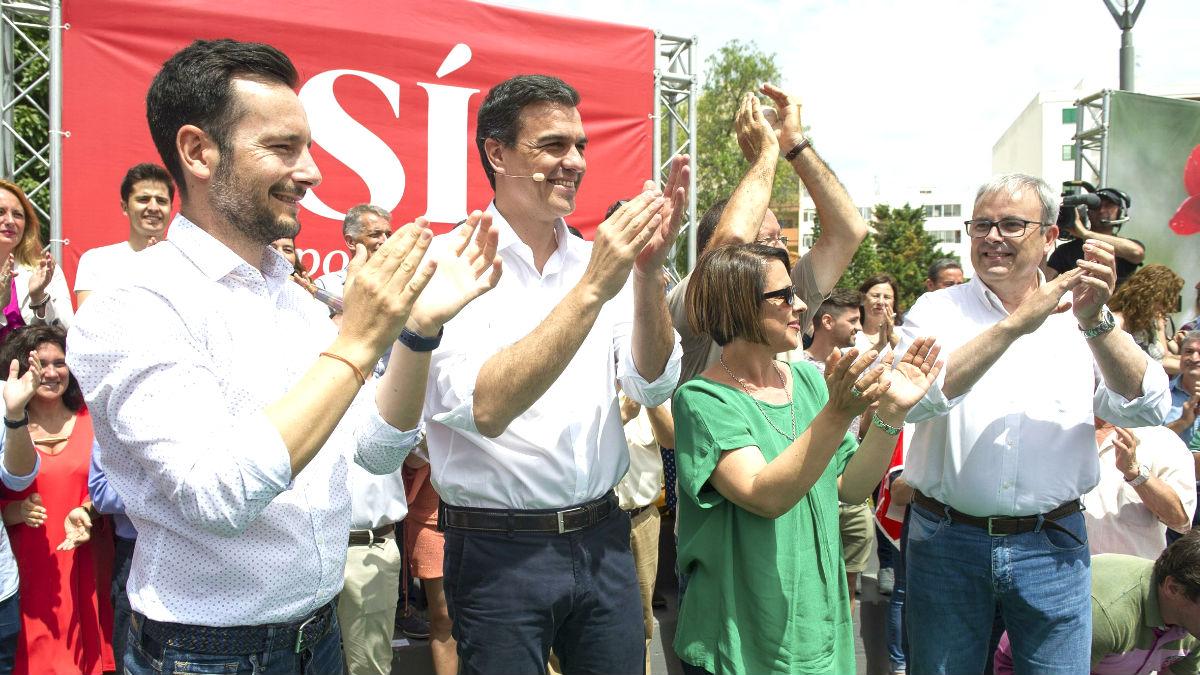 Pedro Sánchez en el acto del PSOE este sábado en Ibiza (Foto: Efe).