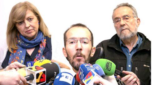 Rosa María Artal junto a Pablo Echenique (FOTO:EFE)