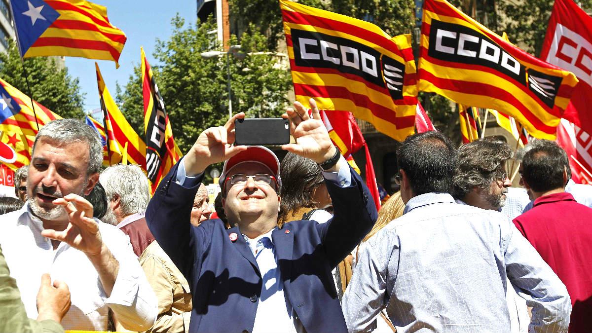 Miquel Iceta durante la protesta contra el Tribunal Constitucional en Barcelona (Foto: Efe).