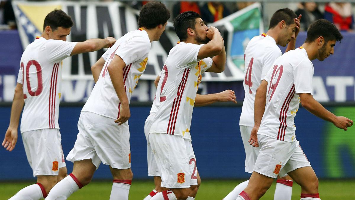 Nolito celebra el segundo gol ante Bosnia. (Reuters)