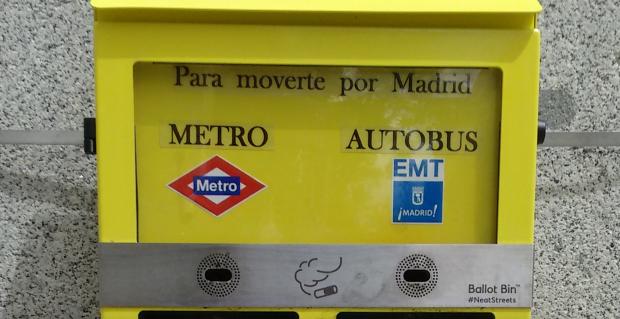 La nueva pregunta de los 'colillómetros' de Carmena vuelve a contener faltas ortográficas. (Foto: OKDIARIO)