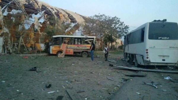 Imagen del escenario del atentado en Silopi, Turquía. (TW)