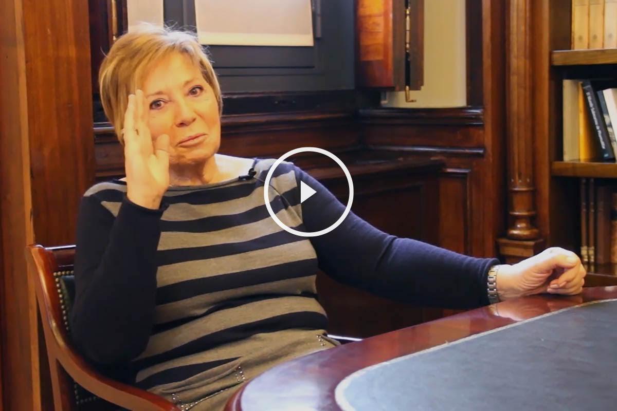 La vicepresidenta primera del Congreso, Celia Villalobos, en una entrevista para OKDIARIO. (Foto: Enrique Falcón)