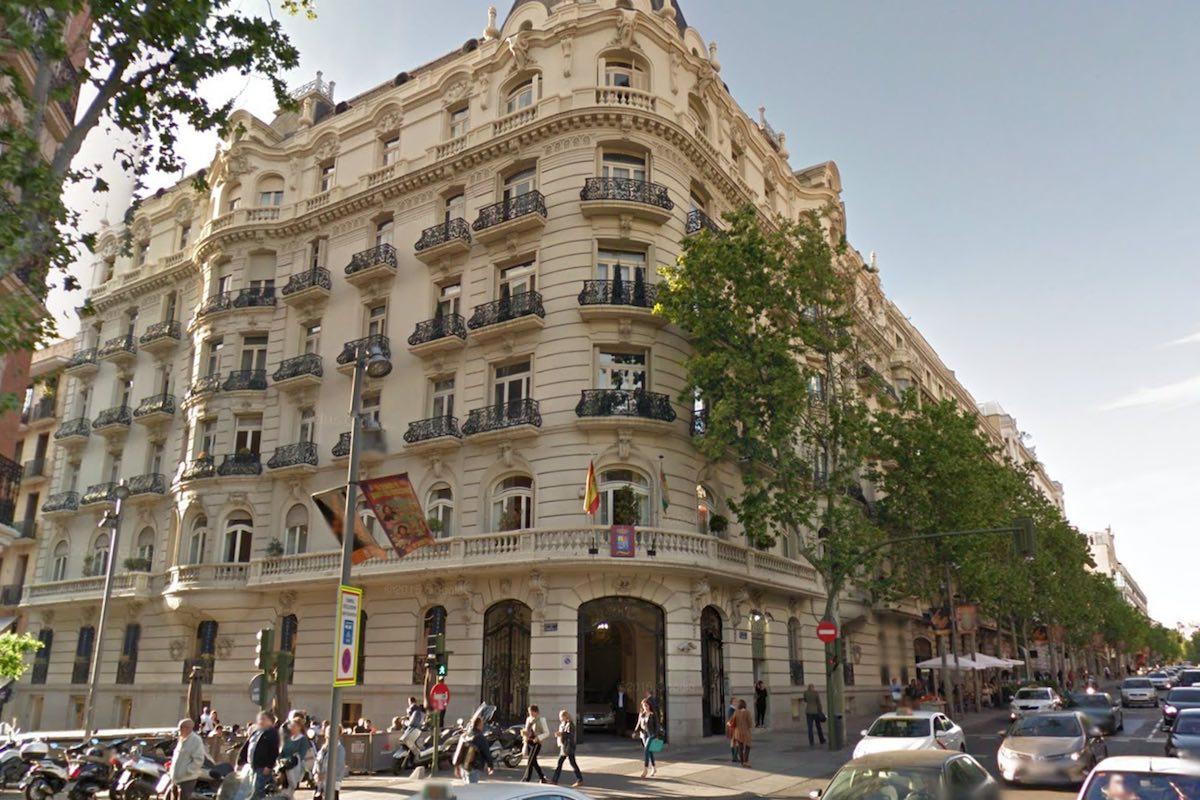 Amancio ortega no logra comprar un piso en la calle for Pisos madrid centro