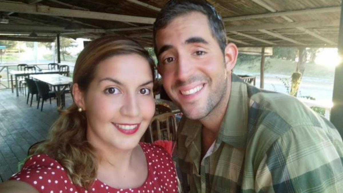 Los dos españoles desaparecidos en Malasia en la foto que difundieron sus familiares para ayudar a su búsqueda.