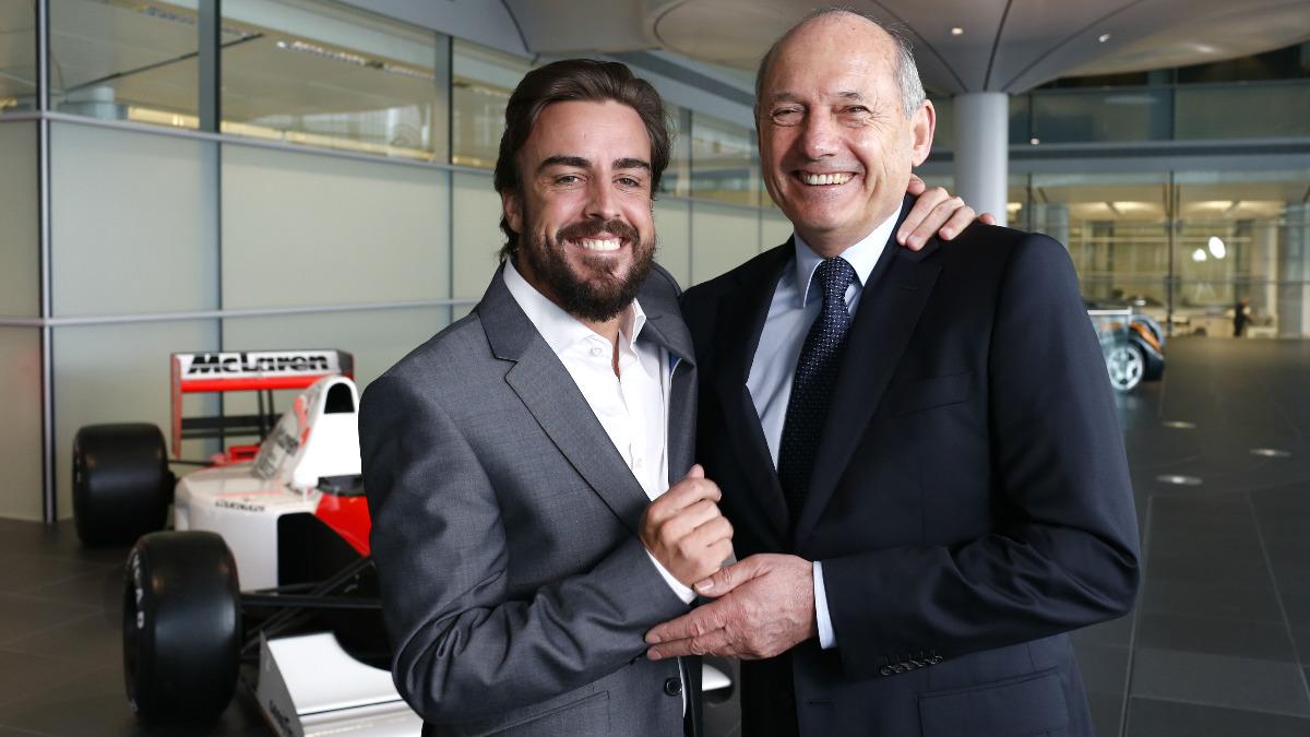 Fernando Alonso y Ron Dennis durante la presentación de McLaren-Honda. (Getty)