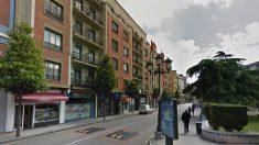 Vista de la calle Independencia, en Oviedo, donde se ha producido el desahucio.