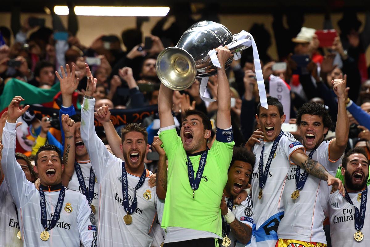 Casilllas levanta La Décima en Lisboa. (Getty)