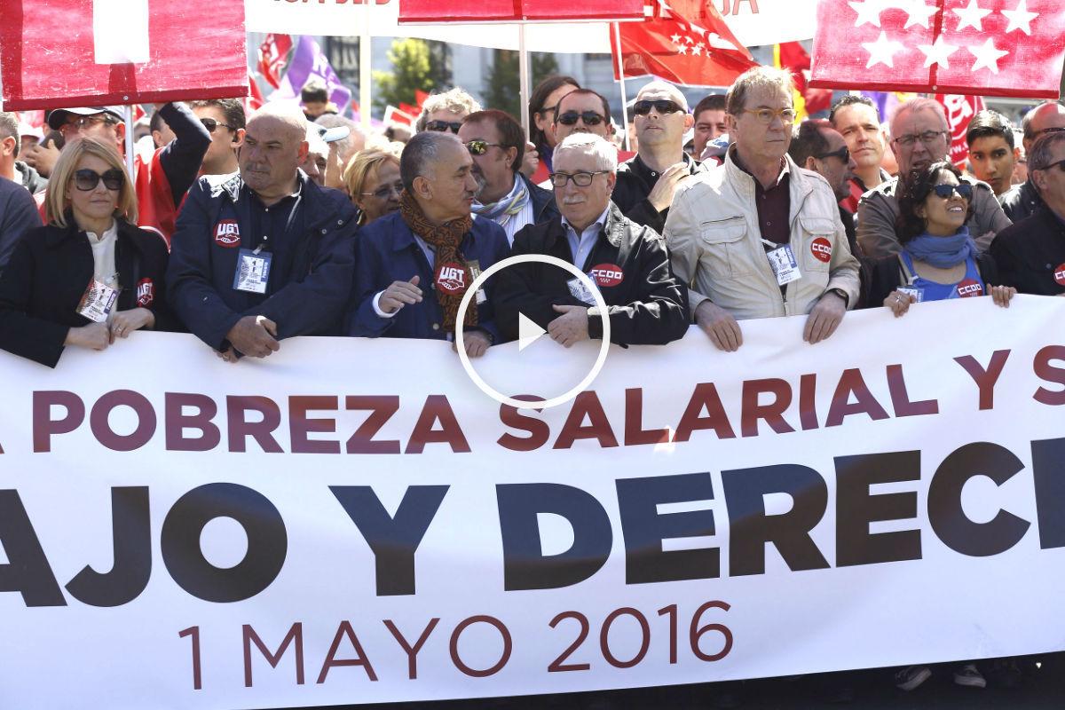 Los líderes sindicales al frente de la manifestación (Foto: Efe).