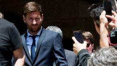 Messi tiene problemas hasta en Barcelona para desarrollar sus negocios. (Getty)