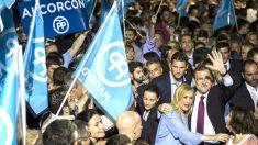 Rajoy y Cristina Cifuentes en el acto de inicio de campaña del PP (Foto: Efe).