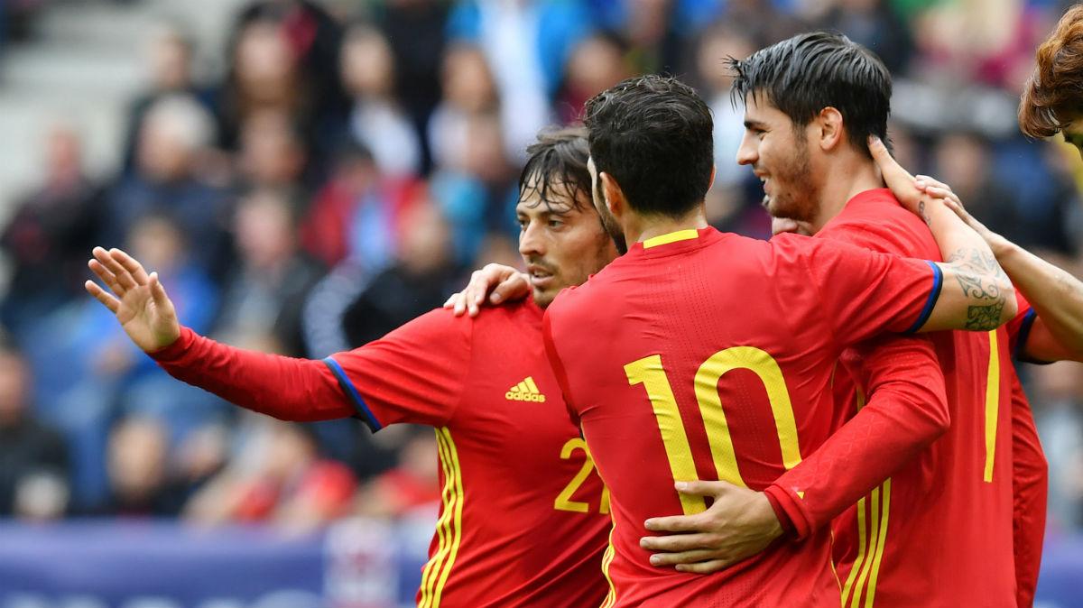 España debita contra la República Checa. (AFP)