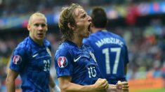 Modric celebra su gol a Turquía. (AFP)