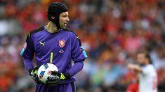 Petr Cech durante el España-República Checa en la Eurocopa. (AFP)