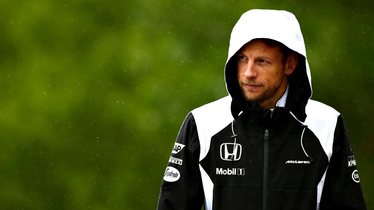 Jenson Button sopesa la retirada para final de este año si no dispone de un coche competitivo en 2017. (Getty)