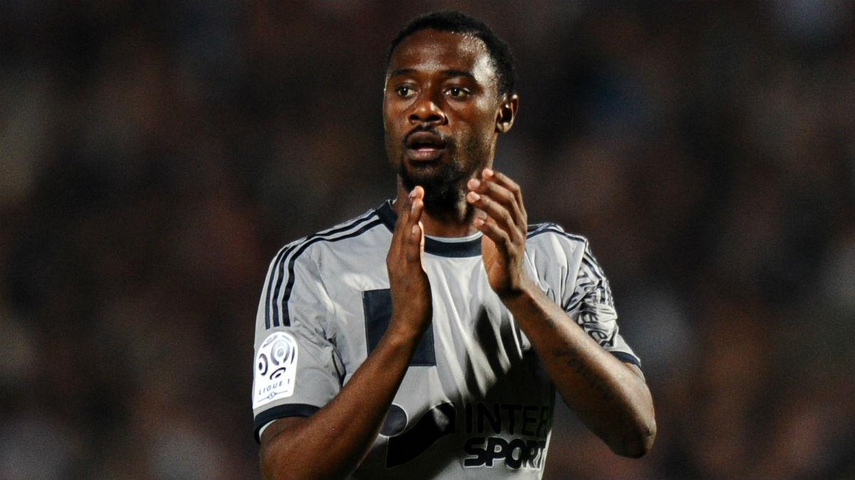 Nkoulou, en un partido con el Olympique de Marsella. (AFP)