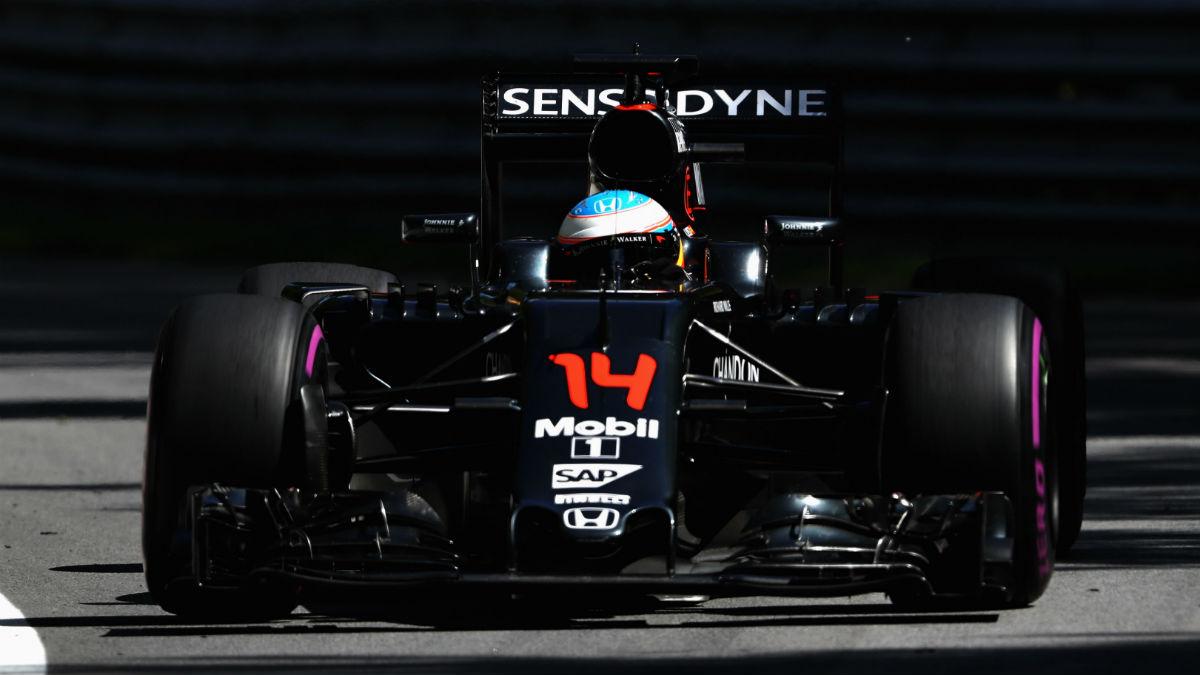 Fernando Alonso no espera un gran rendimiento de su McLaren en el nuevo circuito de Baku. (Getty)
