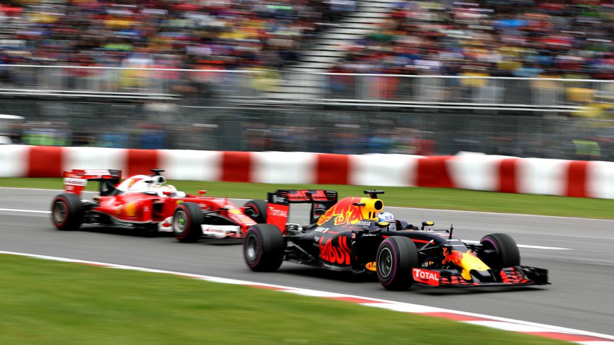 Daniel Ricciardo renueva con Red Bull hasta 2018, cerrando la puerta a un posible fichaje por Ferrari. (Getty)