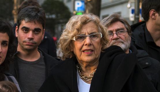 Manuela Carmena con Jorge García Castaño, edil de Centro. (Foto: Madrid)