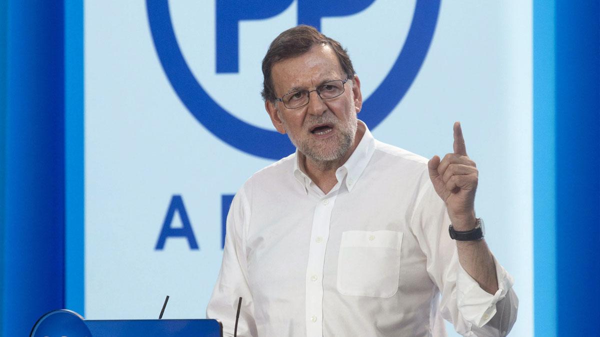 Mariano Rajoy en un acto del PP. (Foto: EFE)