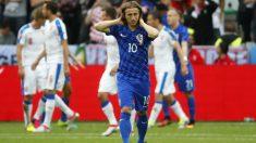 Modric se lesionó ante República Checa. (Reuters)