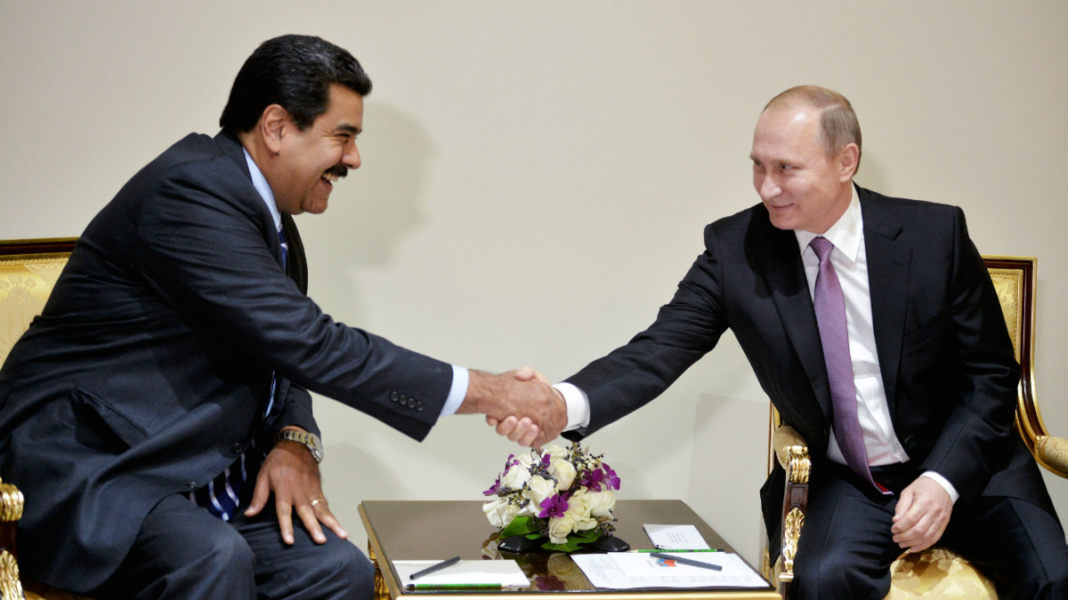 Nicolás Maduro y Vladimir Putin. (AFP)