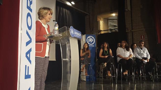 "Aguirre reúne a venezolanos en Madrid para pasar revista a Podemos: ""Son los becarios de Chávez"""