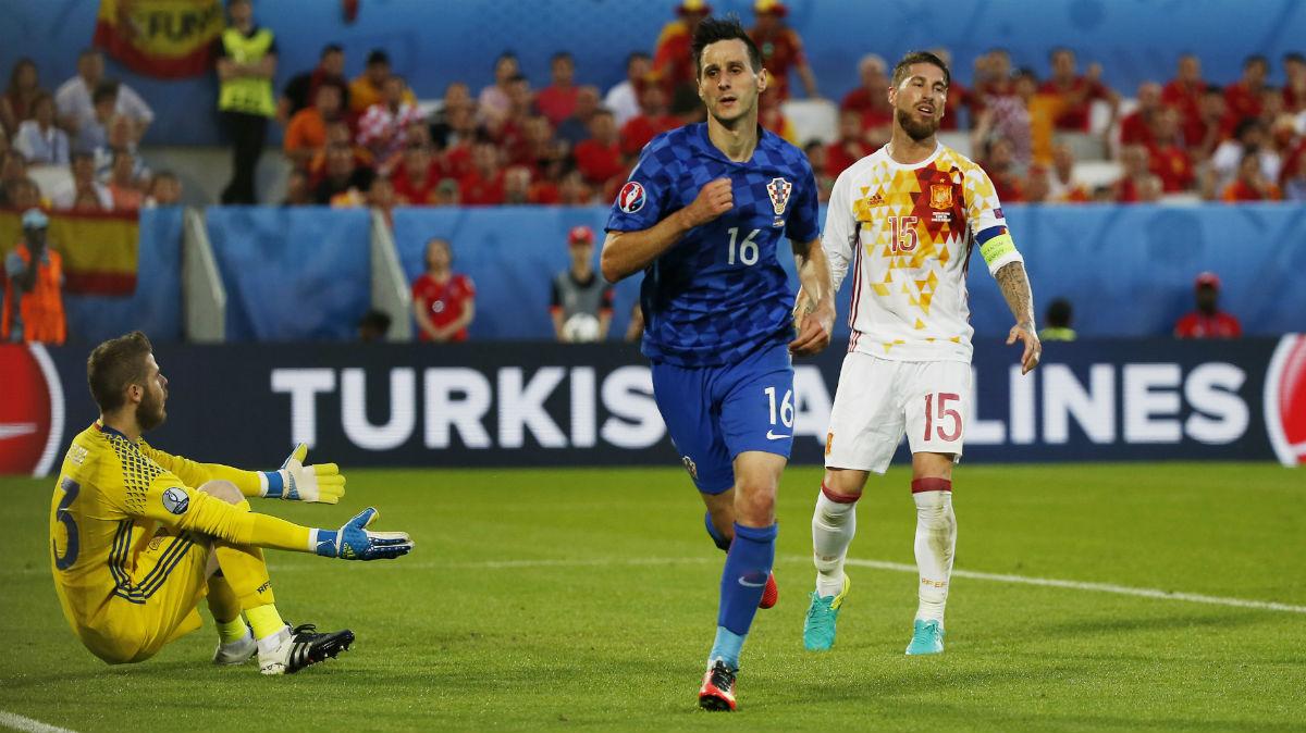 Kalinic celebra su gol a España. Reuters)