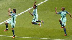 Cristiano celebra uno de sus dos goles ante Hungría. (Reuters)
