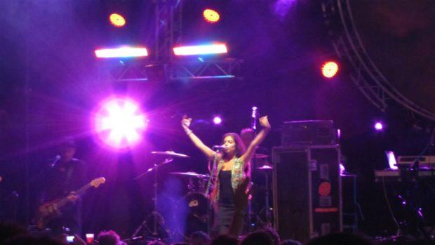 La hija de Enrique y hermana de Estrella, Soleá Morente, durante una actuación en 2013 en el festival Sonorama.