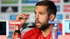 Jordi Alba se enfrenta a la prensa. (Getty)