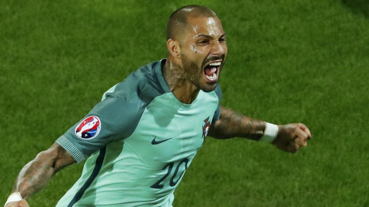 Quaresma celebra el gol de Portugal. (Reuters)