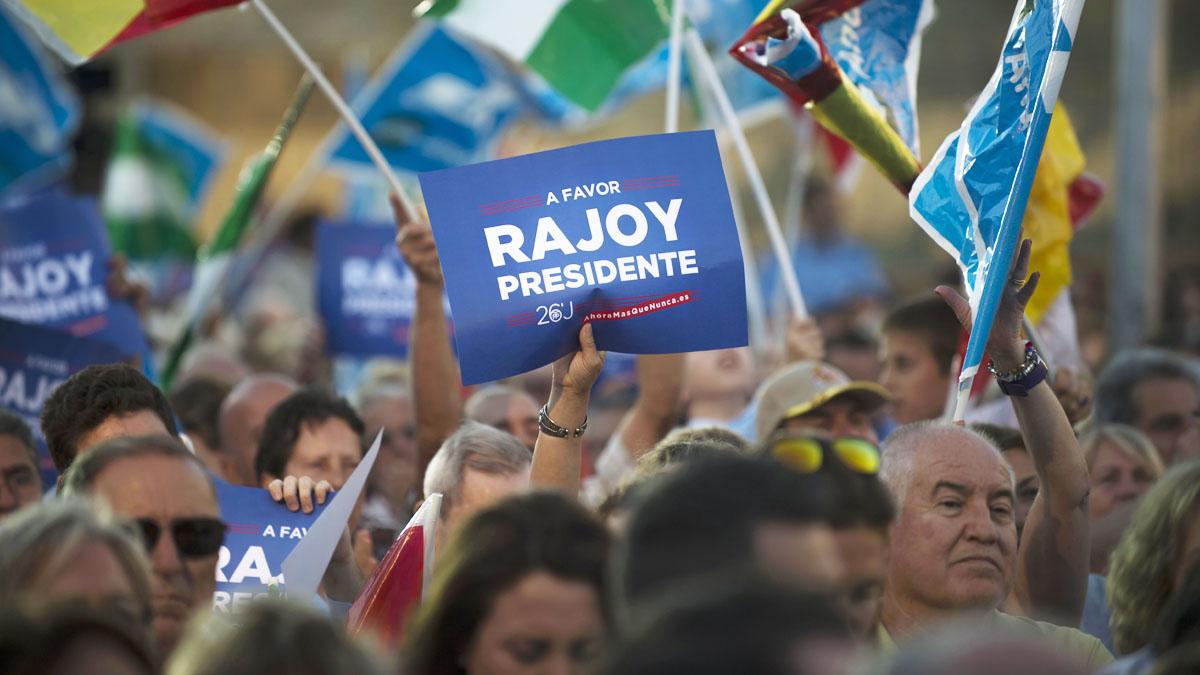Imagen de la campaña del PP. (Foto: AFP)